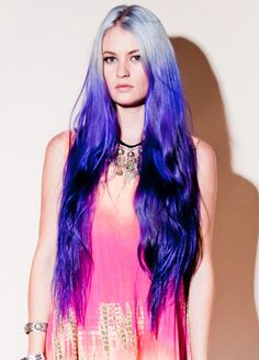 Extra-long ombre. Looks like nearly-white blue  mixture on top and Ultra Violet on the bottom.