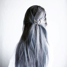 Serious #HairGoals   @dumplingsdiary #Accessorizer #greyhair #hairaccessories