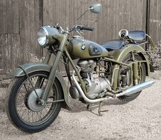 1954 BMW R25-3 army duty Motorcycle Memes, Scooter Bike, Moto Bike, Cafe Racer Motorcycle, Motorcycle Garage, Bobber Bikes, Old Motorcycles, Bmw Classic, Classic Motors