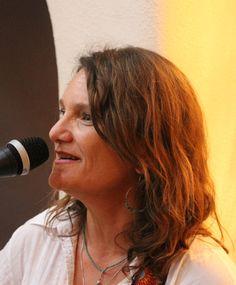 Local songer/songwriter Lisa Joyce at the Taos Inn. Photo Jim Cox
