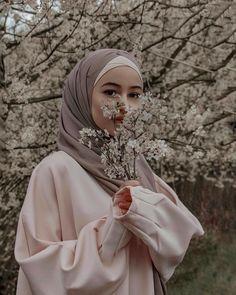 Niqab Fashion, Muslim Fashion, Modest Fashion, Hijab Dp, Mode Hijab, Muslim Girls, Muslim Women, Hijab Fashionista, Hijabi Girl