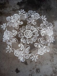 Free Hand Rangoli Design, Small Rangoli Design, Rangoli Designs With Dots, Arabic Mehndi Designs, Beautiful Rangoli Designs, Bridal Mehndi Designs, Rangoli Patterns, Rangoli Kolam Designs, Kolam Rangoli