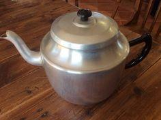 Vintage Aluminium 10 Cup TEAPOT No BRAND Bakelite Handle And Knob
