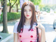 57 photos of Nancy Momoland showing her beautiful body shape and pretty face Korean Beauty Girls, Korean Girl, Asian Beauty, Asian Girl, Beautiful Chinese Girl, Beautiful Girl Image, Beautiful Asian Women, Beautiful Body, Nancy Jewel Mcdonie