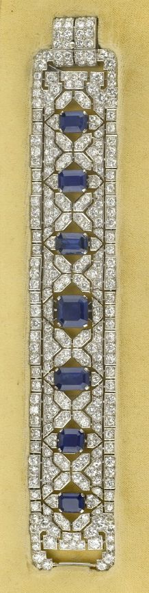 AN ART DECO SAPPHIRE AND DIAMOND BRACELET, SIGNED CARTIER LONDON, circa 1930