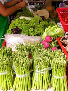 Saturday market, Salcedo Village, Makati, Philippines by chotda. Just down the road from my parent's condo. Philippines Culture, Philippines Tourism, Manila Philippines, East Asian Countries, Exotic Beaches, Fresh Market, World Market, Makati, Vegetable Garden