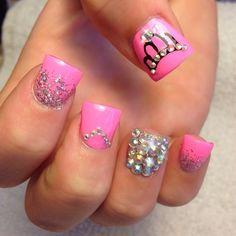 Birthday Themed Nail Arts 21st birthday nails Shellac manicure