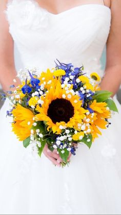 Sunflower and Blue Bridal Bouquet/Sunflower Bridal Bouquet/Summer Bridal Bouquet