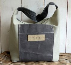 Canvas shoulder bag  by BooneStaakjeS on Etsy # bags, #canvas bags