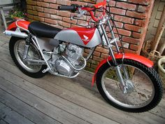 From 1970 to 75 Honda Motorcycles, Cars And Motorcycles, Motos Trial, Honda 125, Trial Bike, Scrambler, Sport Bikes, Custom Bikes, Trials