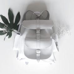 #sacados#blanc#sur#fond#blanc#fleurs#mode#classe#