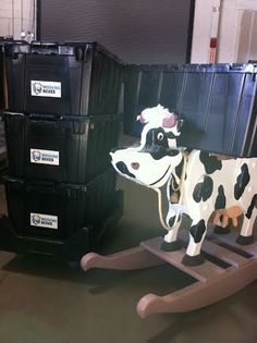 Let Moovingboxes.com help Kansas City moove with style. No more annoying packing tape and cardboard mess!