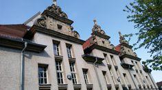 Schulgebäude (1)