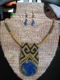 Artesania mapuche lapislazuli y Macrame