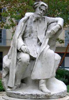 Alexandre Falguière : Statue d'Alphonse Daudet. Nîmes (Gard, France) Square de la Couronne Global Thinking, Alphonse Daudet, Chef D Oeuvre, Statue, Book Authors, I Love Books, Pilgrimage, Chefs, Les Oeuvres