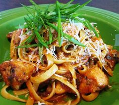 Cajun Chicken Pasta Big Mamou made with spicy chicken breast and tender fettuccine simmered in a spicy garlic-tomato sauce. YUM! #SPORT #pasta