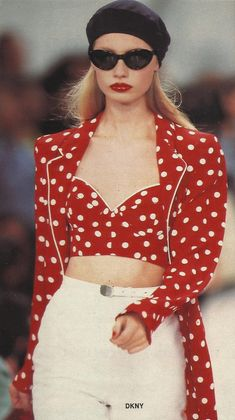 DKNY Spring Summer 1995 ( by Donna Karan) Kirsty Hume, Trophy Wife, Donna Karan, 90s Fashion, Supermodels, Bell Sleeve Top, Spring Summer, Celebrities, Outfits