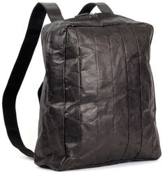 Air Back Pack Black, by Fabrice Berrux, Tough Tyvek Textiles ! Lexon Design, Go Shopping, Fashion Bags, Bag Accessories, Purses And Bags, Backpacks, Stuff To Buy, Black, Date