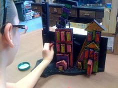 Room 9: Art!: The Cities Come To Life! - this project looks like so much fun!