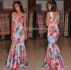 Swans Style is the top online fashion store for women. Shop sexy club dresses, jeans, shoes, bodysuits, skirts and more. Gala Dresses, Evening Dresses, Formal Dresses, Beautiful Outfits, Cool Outfits, Fashion Outfits, Party Fashion, Dream Dress, Vintage Dresses