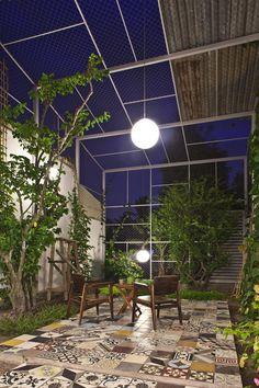 Modern Garden Furniture Patio Courtyards 35 New Ideas