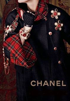 Chanel Plaid Tartan Red Plaid by Chanel with Chanel coat and brooches. Tartan Mode, Tartan Kilt, Tweed, Coco Chanel, Chanel Coat, Tartan Weihnachten, Karl Otto, Tartan Christmas, Tartan Fashion