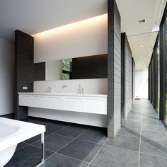 Transparent House #bathroom