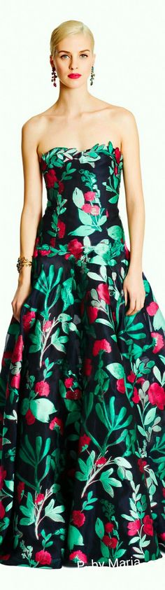 Oscar de la Renta Pre-Fall Collection 2015 Runway Fashion Looks, Floral Fashion, Fashion Design, Winter Typ, Brocade Dresses, Nice Dresses, Formal Dresses, Trends, Beautiful Outfits