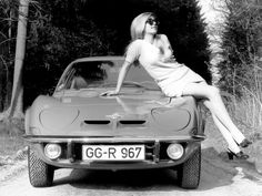 is all about the kinky backseat fun! These babes know how to party! Especially in cars and public! Opel Gt, Up Auto, Pin Up, Opel Adam, Latest Instagram, Car Advertising, France, Cute Cars, Trends