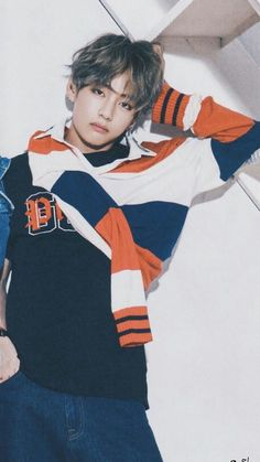 Image about kpop in BTS ♡ 방탄소년단 by Hoseok. Bts Taehyung, Jimin, Kim Namjoon, Bts Bangtan Boy, Seokjin, Daegu, Jung Hoseok, Foto Bts, Taekook