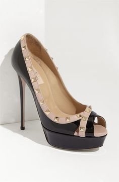 valentino black patent leather peep toe pump with a pinkish beige trim embellished with gold tone pyramid studs - show a little of your inner rockstar!