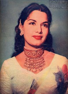 Shyama Bollywood Posters, Bollywood Cinema, Bollywood Actors, Female Actresses, Indian Actresses, Fat Black Girls, Egyptian Movies, Western Photography, Indian Goddess