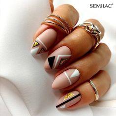 25 Stunning Minimalist Nail Art Designs – The Best Nail Designs – Nail Polish Colors & Trends Toe Nail Art, Nail Art Diy, Diy Nails, Cute Nails, Coral Nail Art, Nail Nail, Nail Art Tricks, Nail Art Ideas, Acrylic Nails