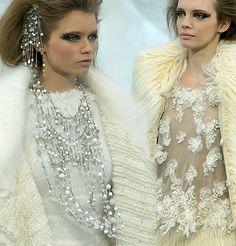 chanel runway jewellry