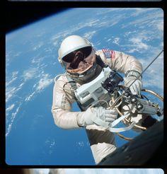 Amazing. (Gemini IV)