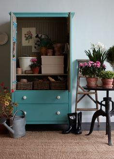 love this cabinet as a 'potting shed'