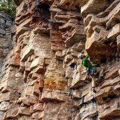 Another great pic of our friend @outdoor_skills climbing at Pass Lake near Thunder Bay in warmer days... #explorecanada #exploremag #climb #rock #tbay : Martin Dube
