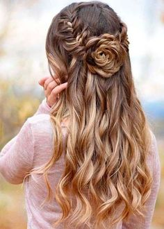 Prom Half Up Half Down Hairstyles Source hair styles, easy hairstyles, wedding hairstyles, Wedding Hair Down, Boho Wedding, Wedding Menu, Trendy Wedding, Wedding Half Updo, Prom Hair Down, Spring Wedding, Wedding Nails, Wedding Hair Roses