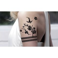 Cute Bird and Flower Tattoos on Women`s Shoulder | Women Tattoo Designs | Ideas for Women Tattoos