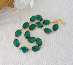 Anna Wintour Inspired, Collet, Emerald Collet, Emerald Choker, Art Deco Necklace, Emerald Rhinestones, Vintage Glass Jewel Necklace, Old Hollywood Glam, Emerald Necklace by LisamariesPiece