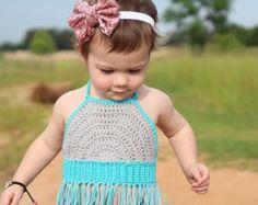 Crochet Toddler Crop Top/ Toddler Crop Top/ Baby Girl Crochet Top/ Toddler Top with Fringe/ Crochet Crop Top/ Boho Baby Clothes Häkeln Sie Kleinkind Crop Top / Kleinkind Crop Top / Baby Girl Crochet Crochet Toddler, Baby Girl Crochet, Crochet For Kids, Baby Bikini, Boho Baby Clothes, Crochet Baby Clothes, Top Crop Tejido En Crochet, Crochet Top, Crochet Fringe