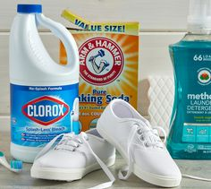 Here's Exactly How to Clean White Shoes (No Matter the Material) Clean White Leather Shoes, How To Clean White Sneakers, Off White Shoes, Clean Shoes, Diy Cleaning Products, Cleaning Hacks, How To Bleach Whites, Cleaning White Canvas Shoes, How To Whiten Shoes