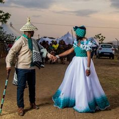 Beautiful Shweshwe dresses styles 2019 - Reny styles