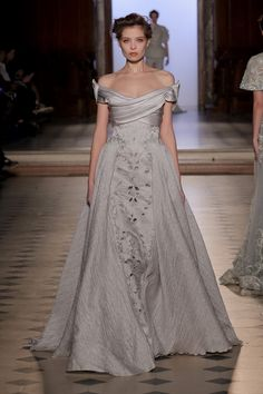 Tony Ward Couture SPRING SUMMER 2017.......