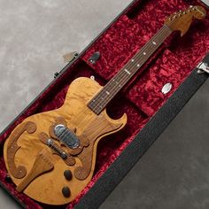 It is now Bigsby where it is no longer possible to hear its name only at the vibrato unit, but in 1948 it was supposed to be produced for the country guitarist Marl Travis from Paul Bigsby, the origin of the solid electric guitar It will be.   eBay!