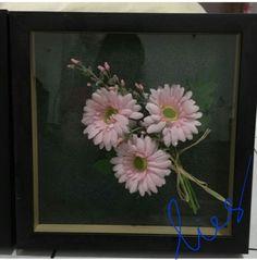 Chrisyan flower in figura