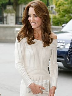 Sexy Kate! Princess Kate Goes Shoulder-Baring White for Summer| The Royals, The British Royals, Kate Middleton