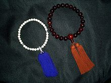 Buddhist prayer beads - Wikipedia, the free encyclopedia