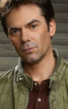 Billy Burke d/b/a Miles Matheson.  SO GORGEOUS!!!!