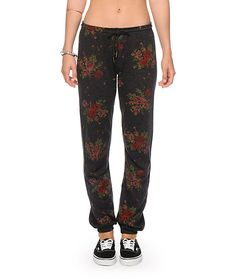 Get an update on one of Obey's best selling sweatpants with the trendy floral print covering a lightweight terry material cut with a relaxed fit and straight leg.